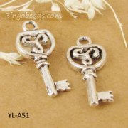 Charms 3 st - Charmig Nyckel 22mm