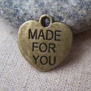 Charms 10 st - Made For You Heart Bronze 16 mm